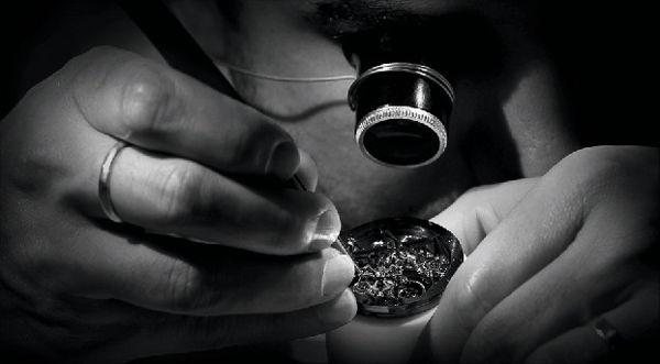 0-năm đặc điểm của đồng hồ thụy sỹ chính hãng