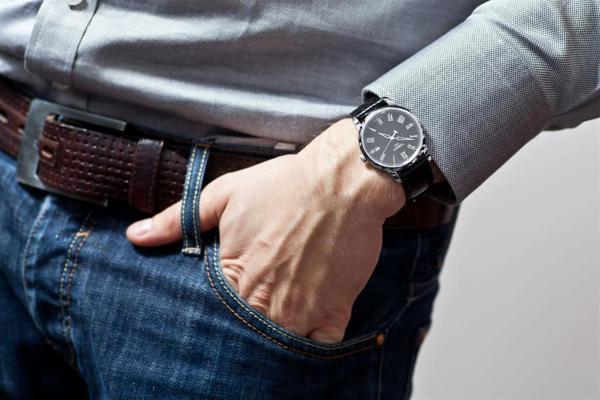 Vì sao nói đồng hồ thuỵ sỹ giá rẻ là nam châm thần kỳ 1