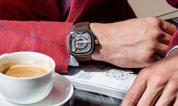 Bạn có MẠNH được như đồng hồ độc đáo Thụy Sỹ xịn 1