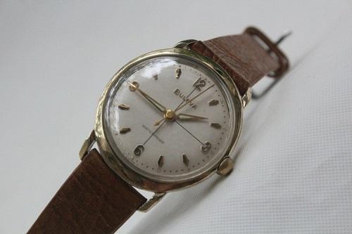 đồng hồ thụy sỹ cũ kĩ và giá trị của nó 1